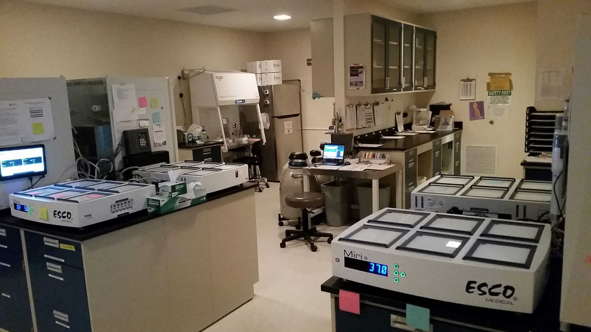 Cc Installs New Incubators In Ivf Lab Carolina Conceptions